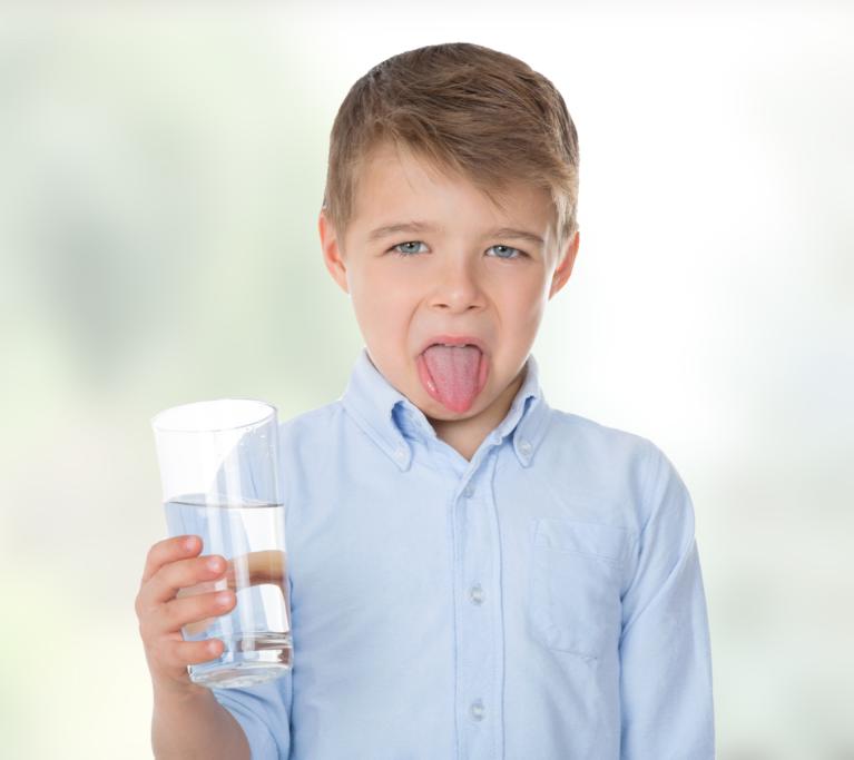 Vì sao nguồn nước có mùi hôi – mùi trứng ung khó chịu?